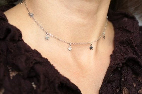 Silver (925) choker necklace with star pendants